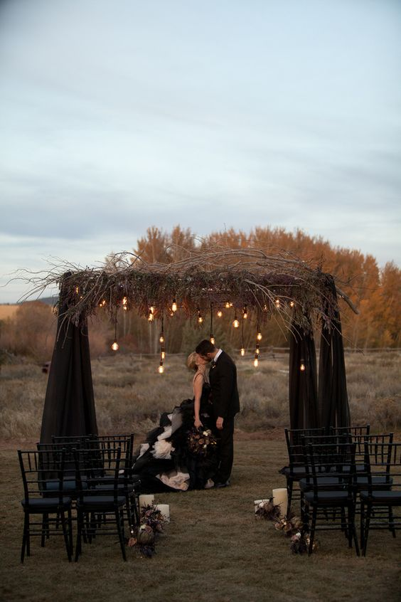Gothic wedding game of thrones